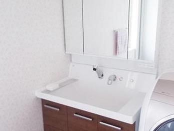 洗面所も広くなり、使いやすい空間になりました。
