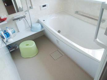 お風呂、洗面所ともにキレイに明るくなりましたね!