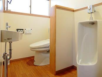 手入れがしやすい事が第一条件で明るく居心地の良い空間になりました。
