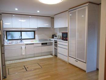 要望がたくさん詰まったキッチンの空間が完成しました。