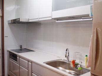 綺麗で便利なキッチンになりました!お風呂の水漏れもリフォームで解決です。