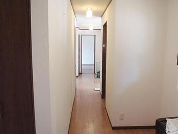 2階建てアパートの1階部分全部を1つの居住空間に!