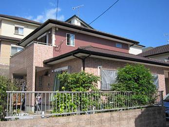 丁寧な塗りで美しい外観のお家になりました!