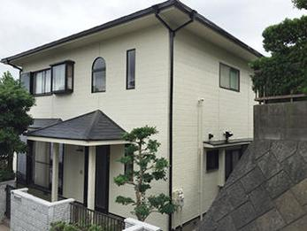 新築のようにきれいになりました。雨漏りの心配もなくなりよかったです。