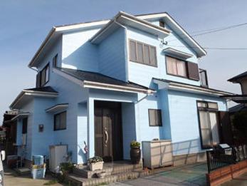 水色で可愛らしいお家になりました!