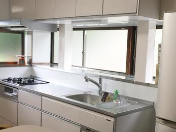 キッチンの向きが変わりお部屋全体も明るくなりました!