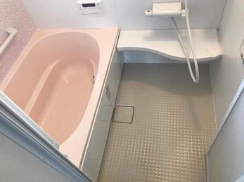 寒いお風呂ともこれでおさらば!最新ユニットバスへリフォーム。