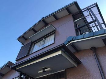 屋根を葺き替え、外壁を好みの色に一新!!