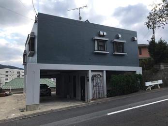 特徴的なRC造の住宅をキレイに塗装!