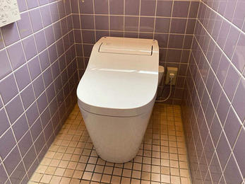 空間を広く、お手入れしやすいトイレになりました!